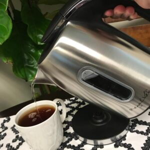 MegaChef 5-Cup Stainless Steel Electric Tea Kettle